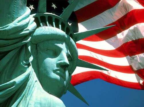 bandeira-e-estatua-da-liberdade_1885_1024x768