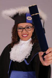 Juliana recebeu o diploma no dia 20 de janeiro (Foto: Arquivo Pessoal)