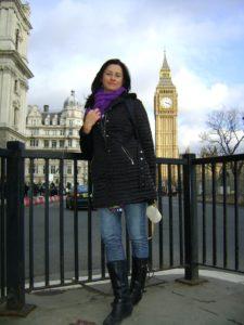 Solange é professora de Inglês na LUMECEP (Fotos: Divulgação)