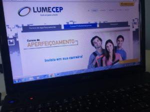 Escola oferece mais de 200 cursos, entre gratuitos e pagos (Foto: Divulgação)